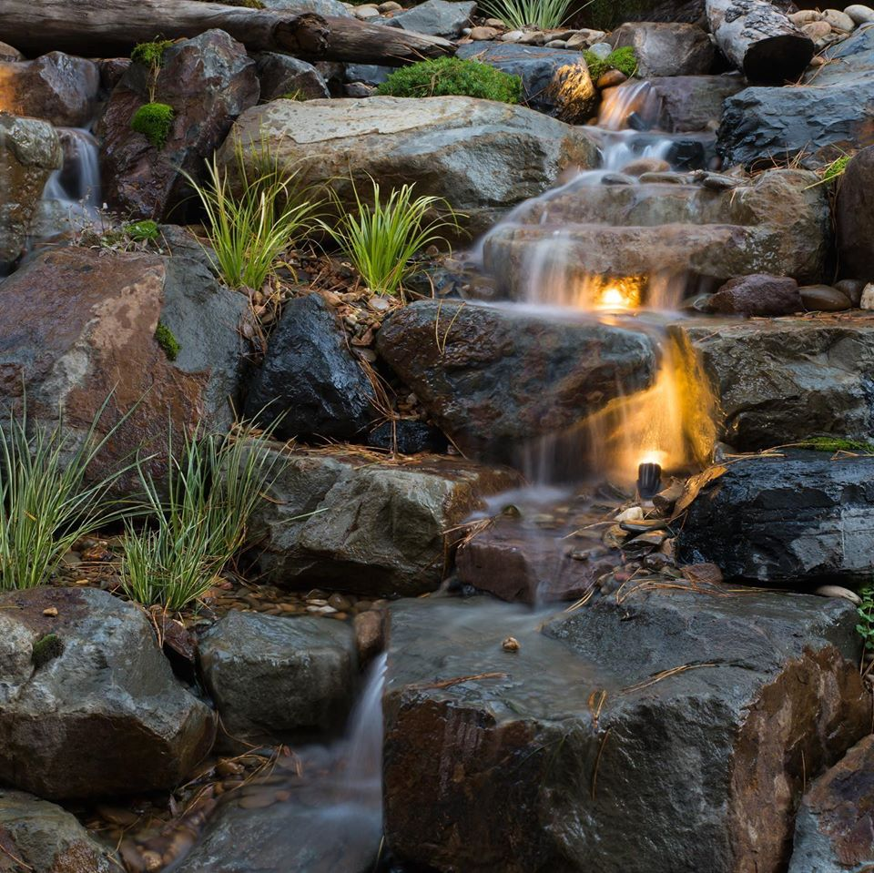 Hepburn waterfall lighting
